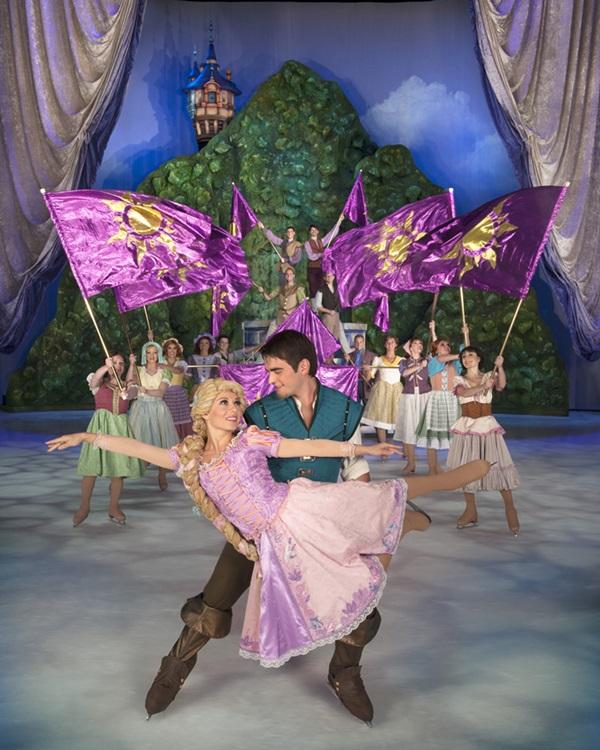 новорічне льодове шоу Disney